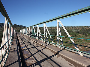 The old bridge over the Groot River