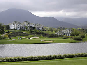 The George area is one of South Africa's main golfing attractions with a large number of courses either in or within a short distance of the city.  Here is the prestigious Fancourt course on George's outskirts with the Outeniqua mountains looming in the distance.  Find George accommodation on our George accommodation page.