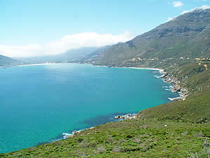 Chapmans Peak Drive is a corniche-style road which connects Hout Bay with points South.  Find Hout Bay Cape Town accommodation on our Hout Bay Cape Town accommodation page.