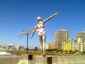 There are sculptures to be seen dotted along the Sea Point promenade.  Find Sea Point Cape Town accommodation with its beaches and sunshine on our Sea Point Cape Town accommodation page.