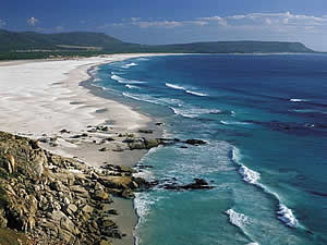 The pride of Noordhoek is its immense beach, popular with walkers, sunbathers, surfers and all who love the sea.  Find Simons Town Cape Town accommodation on our Simons Town Cape Town accommodation page.    Find Simons Town Cape Town accommodation on our Simons Town Cape Town accommodation page.