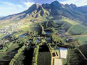 Somerset West lies at the foot of the striking Helderberg Mountain and comprises wine estates, golf courses,   gracious suburbs as well as a huge shopping mall and distant views of Gordons Bay and Table Mountain.  Find   Somerset West accommodation on our Somerset West accommodation page.