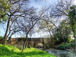 Parts of Somerset West are still very countryfied.  This is the old bridge over the Lourens River which flows   through the town.  Find Somerset West accommodation on our Somerset West accommodation page.