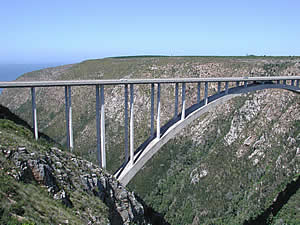 Spectacular bridges carry the highway through the Tsitsikamma.  The Storms River bridge shown here offers the highest bungy jump in the world from a bridge; a must-do for adrenalin junkies.  Find Tsitsikamma accommodation on our Tsitsikamma accommodation page.