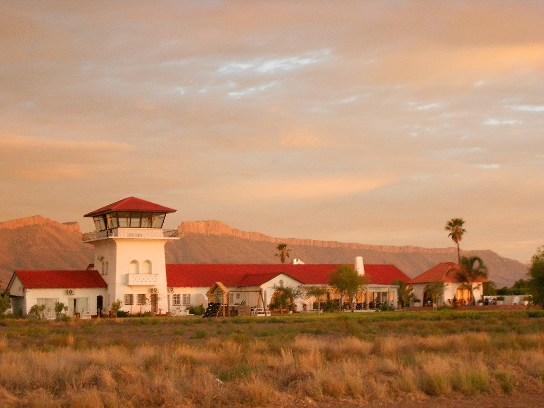Karoo Gateway Airport and Guesthouse