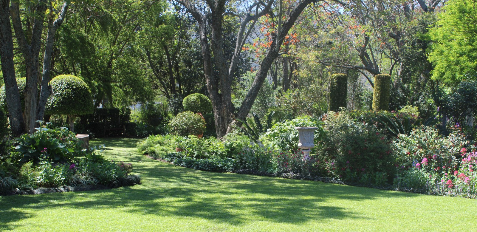 ... Happened In Previous Years, See Ivor Markmanu0027s Great Site  Http://ivormarkman.wix.com/bedford Garden Fest#!whats New/c1mg Orwrite To:  Info@bedford.co.za