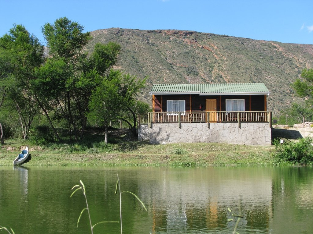 Doringkloof Bush Camp and S/C Chalets