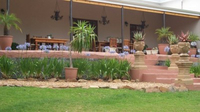 Ladismith Country House & Cottages Accommodation