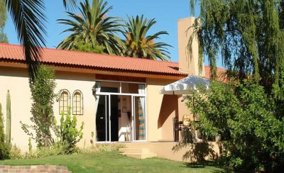 101 Oudtshoorn Holiday Accommodation Accommodation