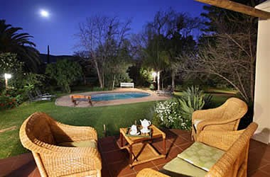 Berluda Farmhouse & Cottages Oudtshoorn Accommodation