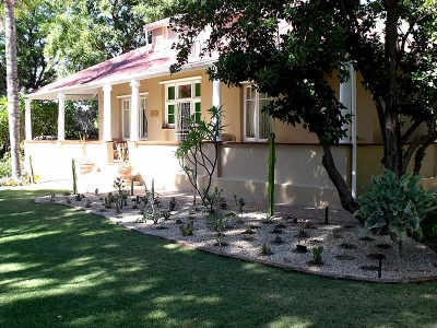 Bisibee Guest House Oudtshoorn Accommodation Bed And Breakfast
