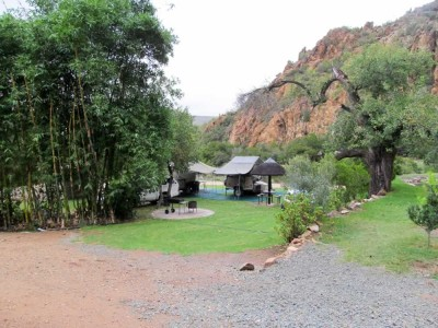 Uitspan Guest Farm & Campsite Accommodation