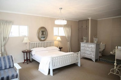 French Blue Self Catering Kuruman Accommodation
