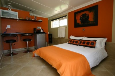 Haus Holzapfel Beaufort West Accommodation Bed And Breakfast