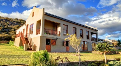 Madi-Madi Karoo Safari Lodge Accommodation