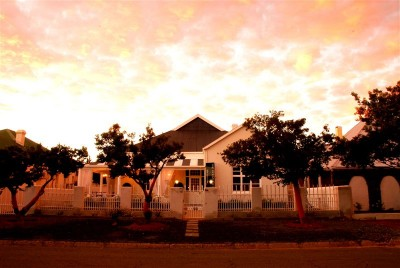 The Guesthouse Manor De Aar Accommodation Guest House