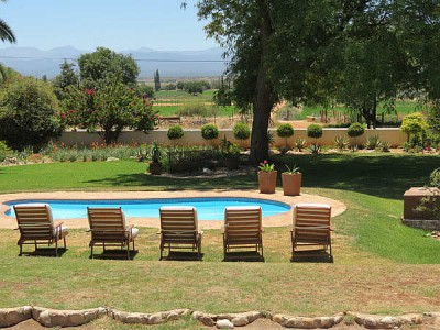 Thylitshia Villa Oudtshoorn Accommodation Bed And Breakfast