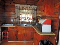 a_cabin_kitchen_ou_tol_cango_retreat.jpg