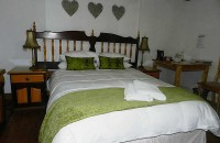 a_mountain_view_graaff_reinet_accommodation_02.jpg