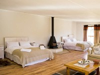 desert_wind_game_farm_montagu_accommodation_04.jpg