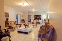 lounge_and_dining_room_at_karoo_country_guest_house_de_aar.jpg
