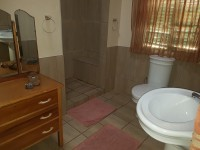 m_khoisan_bathroom_3.jpg
