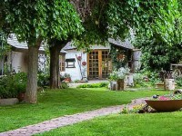 morning_glory_cottages_colesberg_accommodation_in_a_garden_setting.jpg