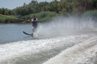 river_place_manor_activities_water_skiing.jpg