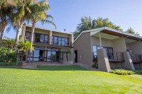 river_place_manor_upington_accommodation_exterior.jpg
